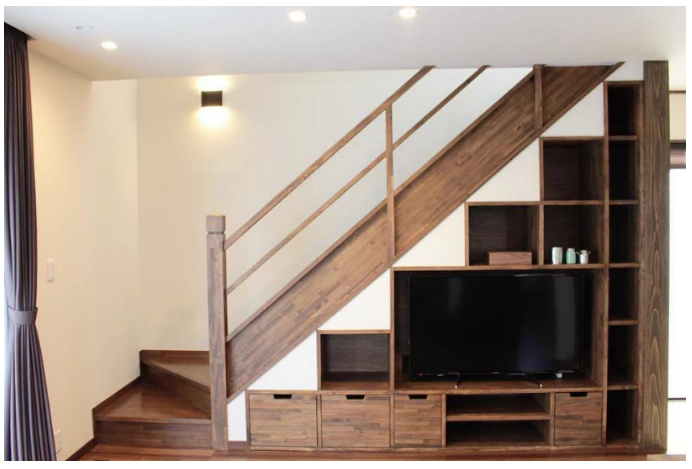 【デットスペースを収納化】建築費を抑える方法