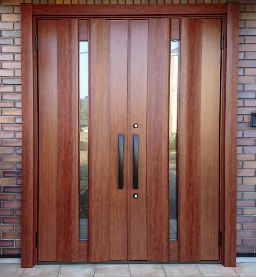両開きドア 玄関ドアの形