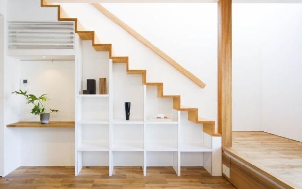 直線階段 階段の種類