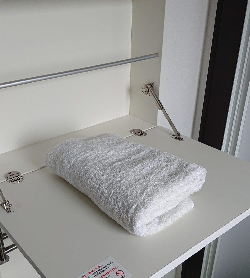 便利な収納 洗面所・脱衣室の壁埋め込み収納