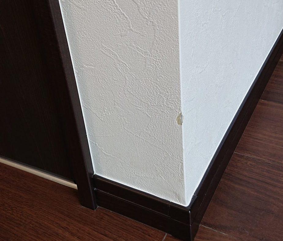 壁紙の破れ 竣工検査チェック